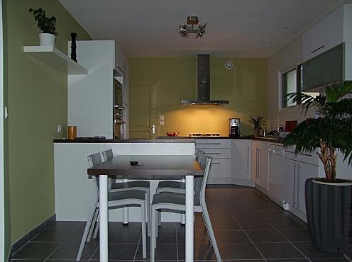 Cuisine dessin cuisine blanche carrelage gris plus - Cuisine blanche carrelage gris ...
