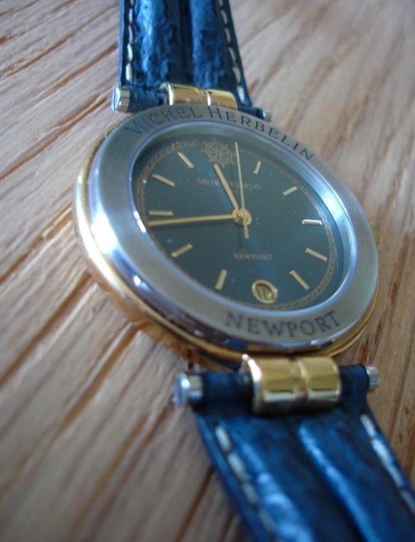 j 39 ai retrouv la boite des montres de ma jeunesse. Black Bedroom Furniture Sets. Home Design Ideas