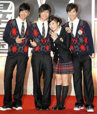xiao gui and aaron yan dating