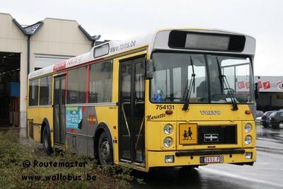 Excursion voyage d 39 adieu aux van hool a120p pays de for Garage du midi les vans