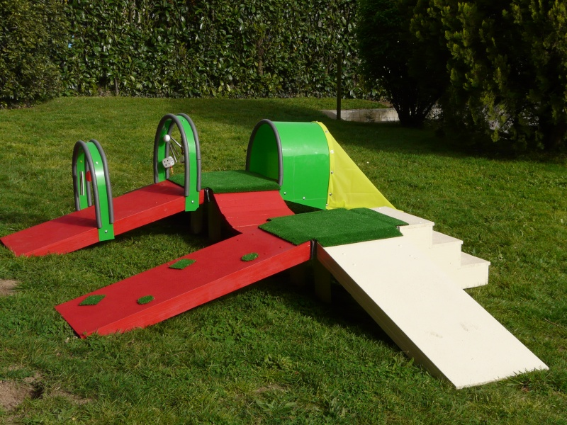 fabricant d 39 obstacles d 39 agility obstacles volutif agr s. Black Bedroom Furniture Sets. Home Design Ideas